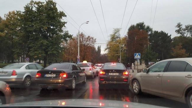 'Наша партия' разблокировала главный проспект Кишинева