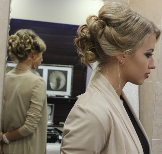 Opteaza Pentru O Coafura Lejera Si Un Machiaj Natural In Ziua Nuntii