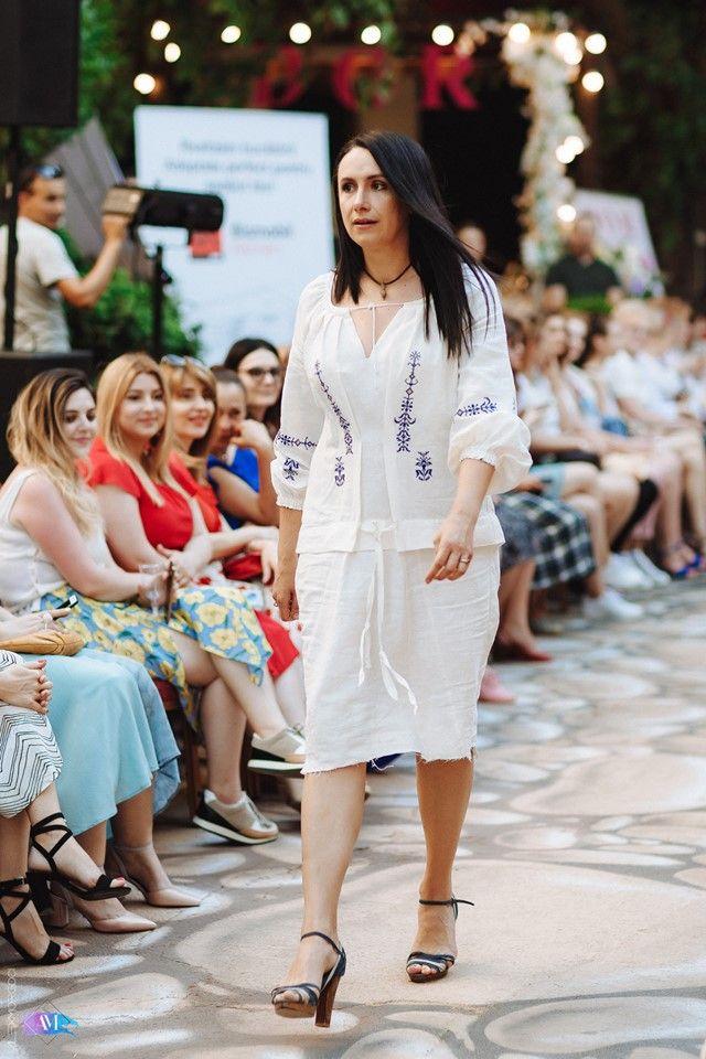 Fashion Soirée cu miros de mare. Designerii autohtonii si ...