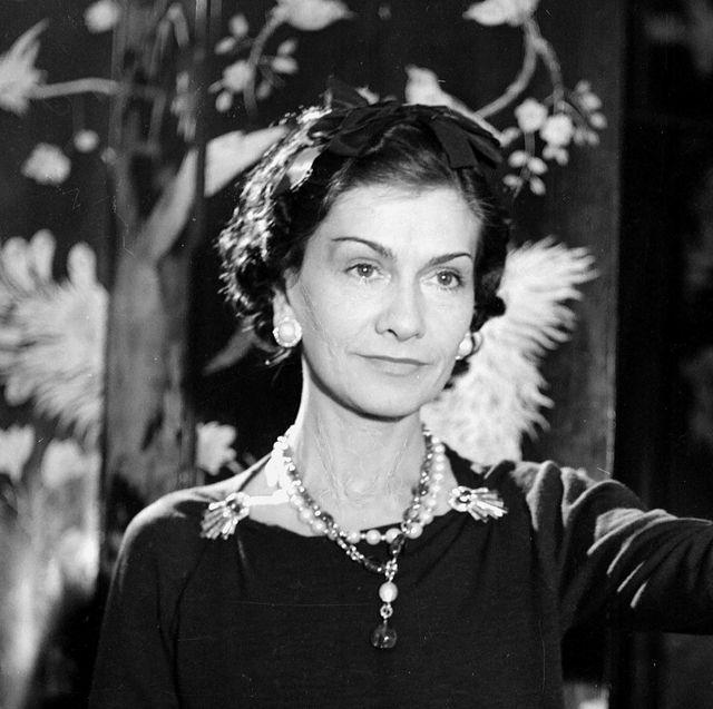 Stilul Coco Chanel: modelul exteriorde timp     Cum sa slabesti: dieta, nutritie si sport