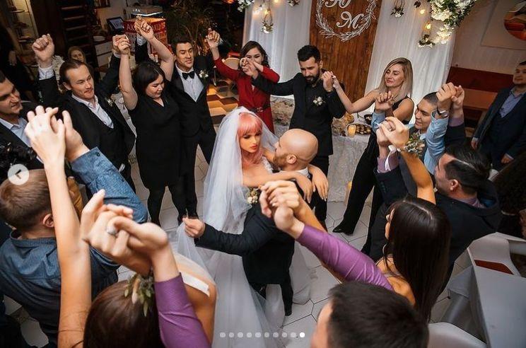 flirt cu barbat casatorit)