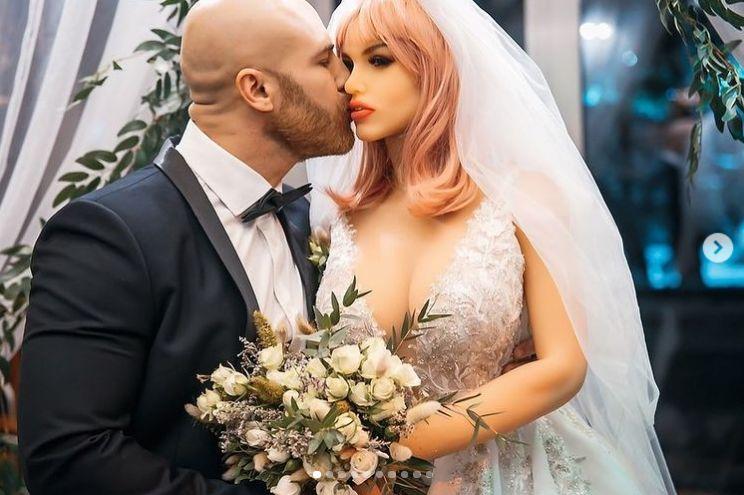 barbati din ClujNapoca cauta femei din Drobeta Turnu Severin Site ul de dating gratuit surd