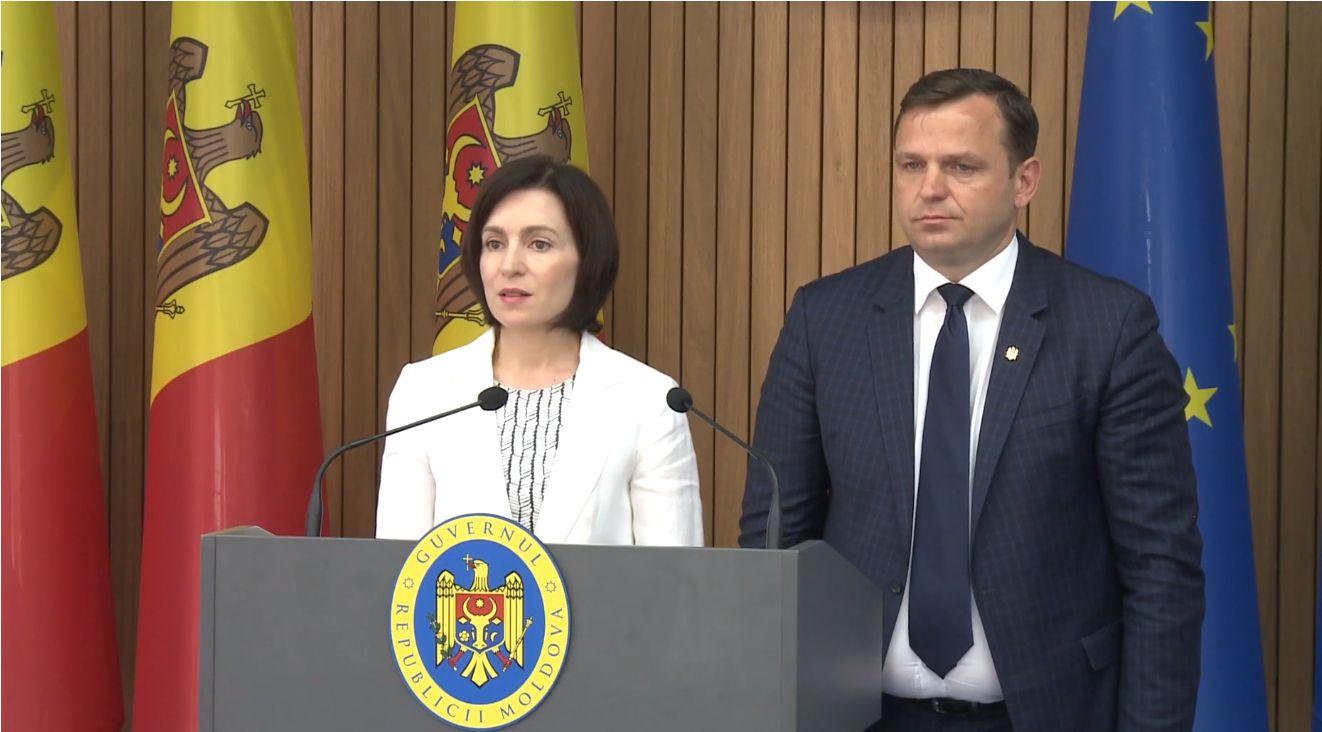 """Майя Санду сообщила, что исследует проекты """"Первый дом"""" и Arenа Chișinău"""
